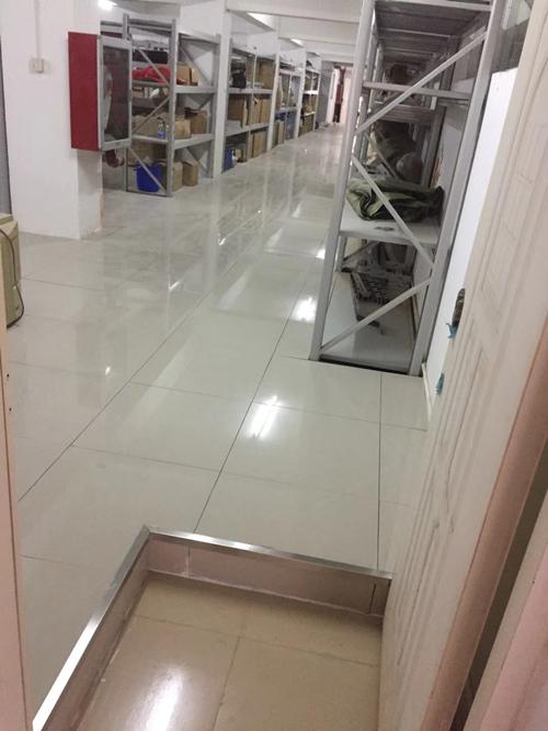 陶瓷地板安装效果图