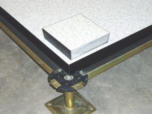 硫酸钙防静电地板组装