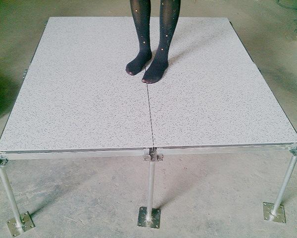 深圳防静电地板