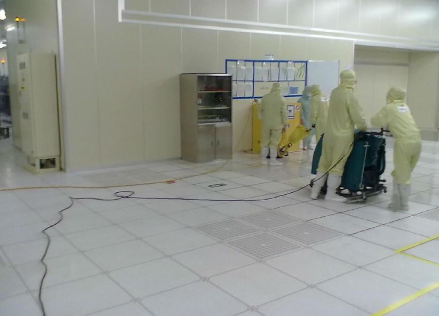 防静电地板清理